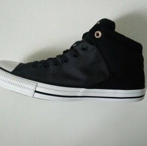 Chuck Taylor All Star mid